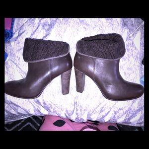 Uggs•Dark Brown•Bootie Heels•7.5•Great Condition